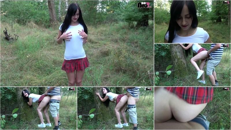 Young-Devotion - Von der Webcam direkt zum Fickdate [FullHD 1080P]