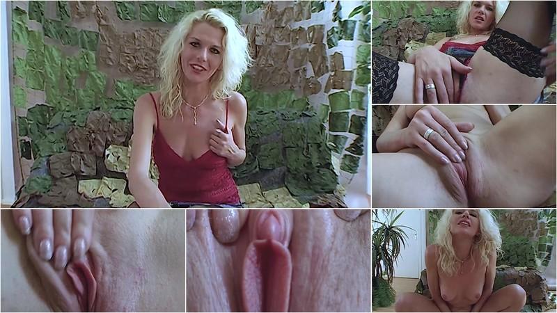 Sex confession of blonde milf Lena [FullHD 1080P]