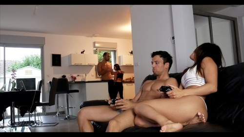 Reality He Ejaculates In My Mouth While Our Friends Are Just Side [FullHD]