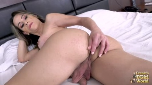 Nathalia Castro - Orgasm On The Bed With Nathalia - Shemale, Ladyboy Porn Video