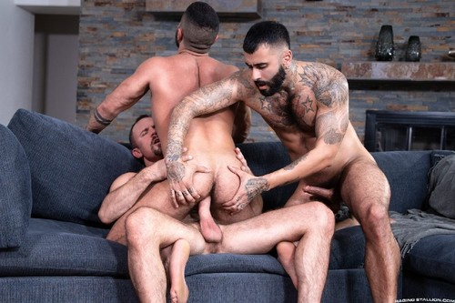 RagingStallion - Loaded: Muscle Fuck: Rikk York, Sharok, Jesse Zeppelin Bareback (Apr 24)