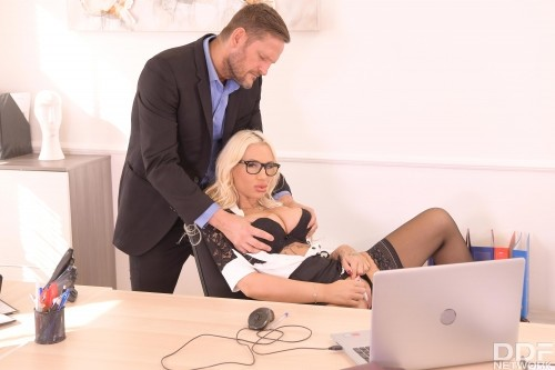 Big Tittied Babe Bent Over And Fucked At Work [SD]