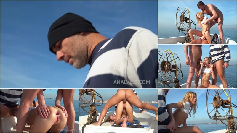 Double penetration on the boat with Rebecca Volpetti MS002 (720P/mp4/1.08 GB/HD)