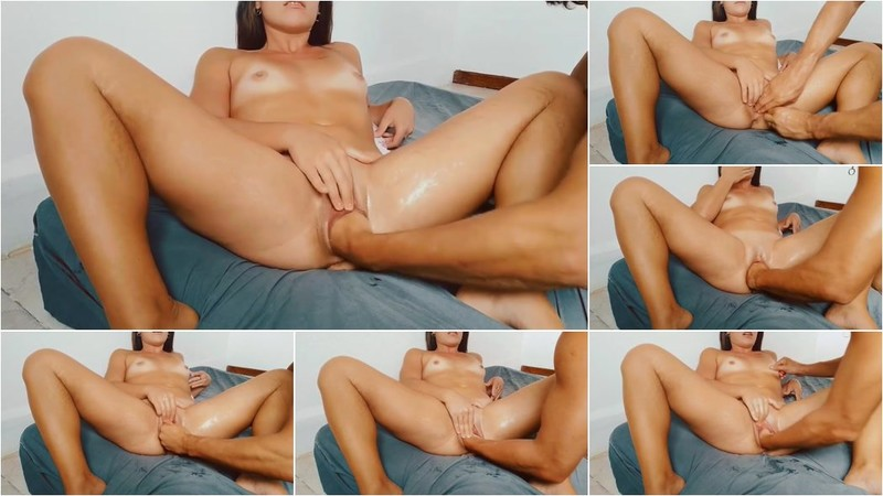 Abby - Fisting hot Latinas pussy [FullHD 1080p]