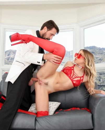 Drilled.XXX - Khloe - A Butt Plug And Proper Ass Fucking Maked The Best Gift