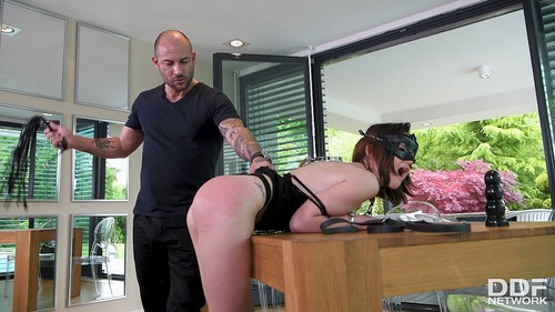Submissive Anal Pounding [FullHD]