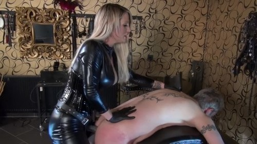 Strap-On Training Session - Worship, Mistress, Femdom Porn