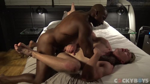 CockyBoys - Max Konnor And Wess Russel Have A Quickie Bareback (May 5)