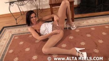 Addison Rose - great legs, 720p