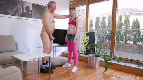 Renata Fucks Old Goes Young Guy Who Gave Her Some Attention [SD]