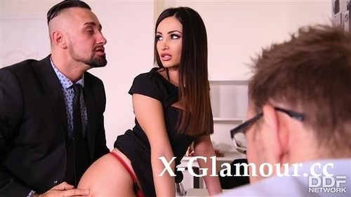 Alyssia Kent - Meeting And Mating