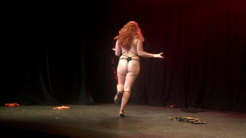 Celebrity Content - Naked On Stage - Page 32 X52fidvrs0pp
