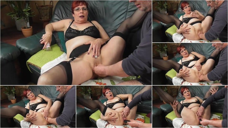 Unknown - Fisting squirting orgasms [FullHD 1080p]