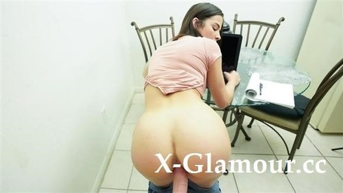 Kylie Rocket - Working From Home (2020/FullHD)