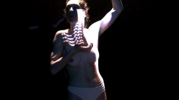 Celebrity Content - Naked On Stage - Page 33 3b9vfw3vppq9