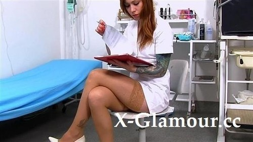 Nurse Showing Her Private Parts At The Hospital [HD]