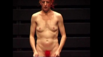 Celebrity Content - Naked On Stage - Page 33 Dng4t3led270