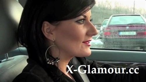 European Milf Doing It In A Car [SD]