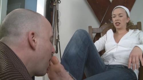 MistressT 09 02 08 Sweaty Feet Tongue Bath XXX 720p WMV-WEIRD