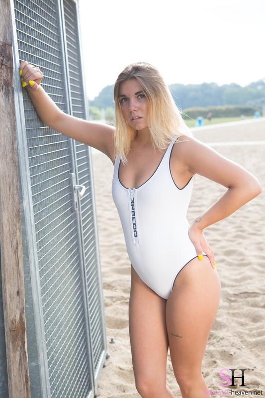 beach lady Kelly in white speedo swimsuit