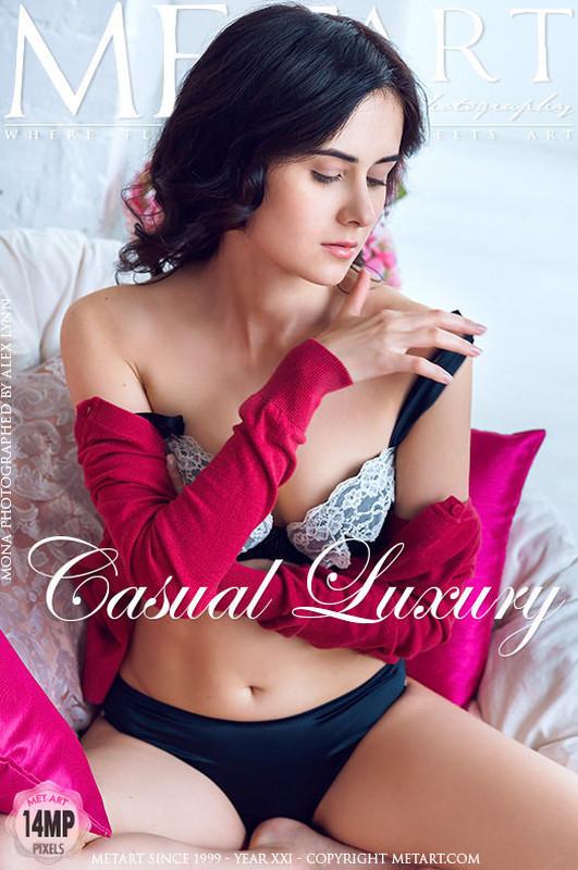 Mona - Casual Luxury (2020-07-02)