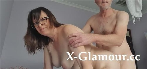 Amateurs - We Love Filming Ourselves While Enjoying A Proper Fucking Session [HD/720p]