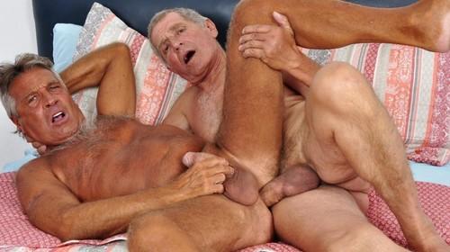 Older4Me - Straight Daddy Takes a Big Dick: Chaco & Paulino Bareback