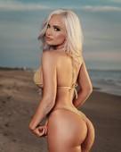 Scarlettt Bordeaux Bikini Photos