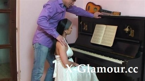 Amateurs - Piano Lesson Pounding [FullHD/1080p]