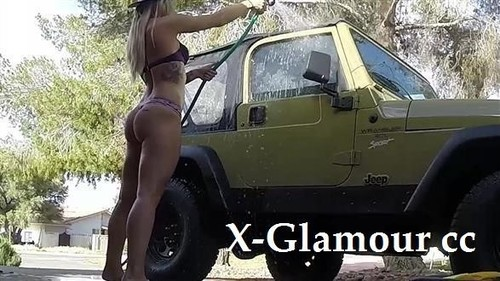 Car Wash Hottie [SD]