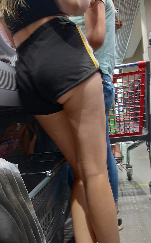 leggy college chick in candid fitness shorts