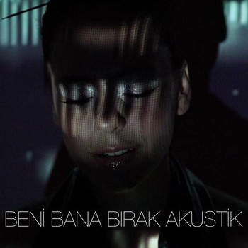 Yasemin Mori - Beni Bana Bırak (Akustik) (2020) Single Albüm İndir