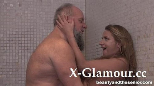 """Sofi Goldfinger in """"Beauty And The Senior"""" [HD]"""