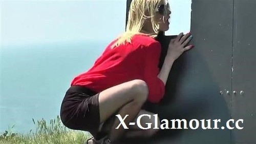 Glory Hole, Cali Cruz - Glory Hole For A Milf [SD/480p]