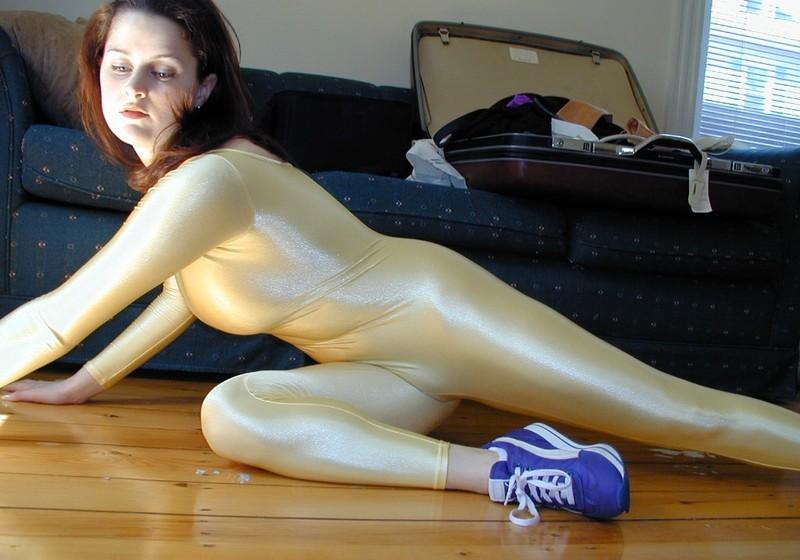 flexy girl Chloe in lycra catsuit