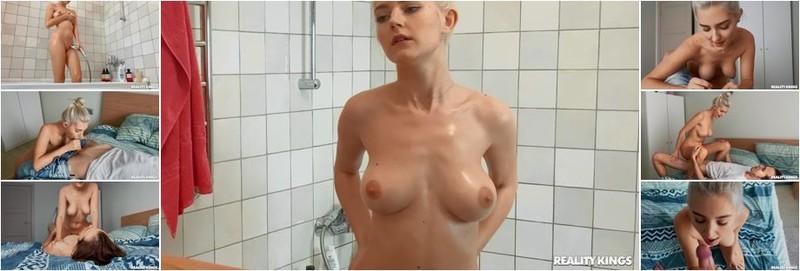 Eva Elfie - Spying On Big Tiddy Roommate (HD)