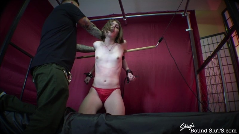 [ShinysBoundSluTS] Claire Tenebrarum - Belt Bound Orgasms