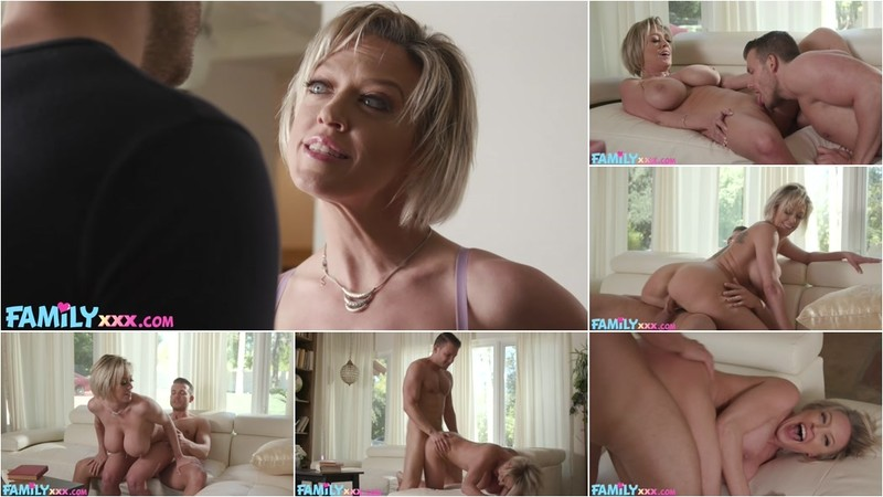 Dee Williams Dee Lets Them Loose For Fun - Watch XXX Online [FullHD 1080P]