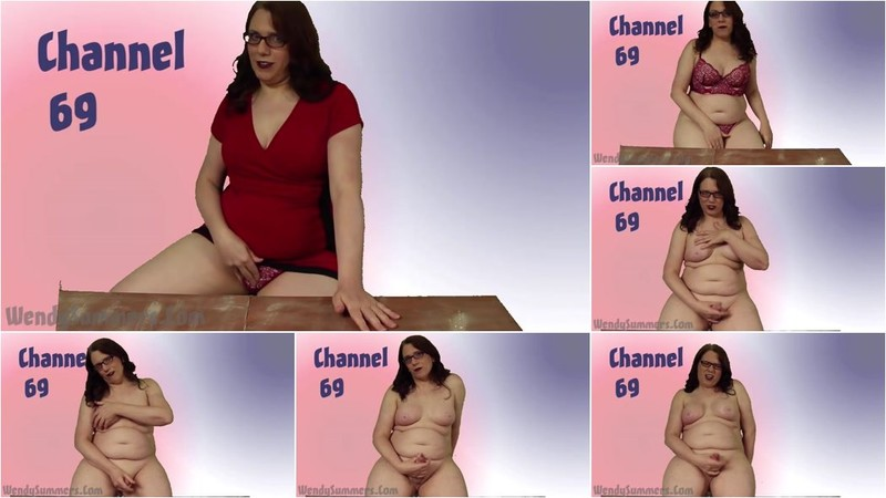 Wendy Summers - PSA: Jerking Off Relaxes You [HD 720p]