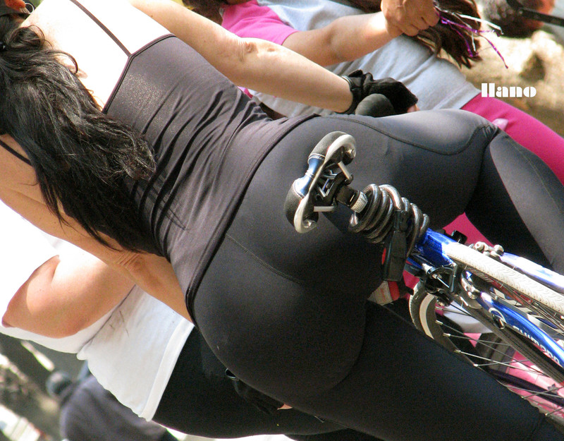cyclist chick in candid black leggings