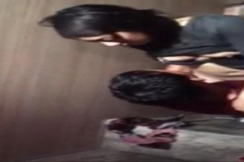 X22網紅少女安娜Anna收費作品楊柳細腰一對車大燈超讚+1JVID騷貨又淫蕩系列+室淋浴房激情