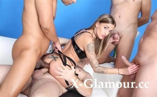 Silvia Dellai - 4On1 Balls Deep Anal, Dap, Gapes, Pee Drink And Swallow Gio1637 (HD)