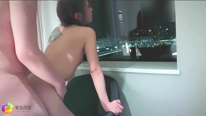 果冻传媒国产AV-东京湾恋人 讲述91特派员和岛国美女双十一之恋