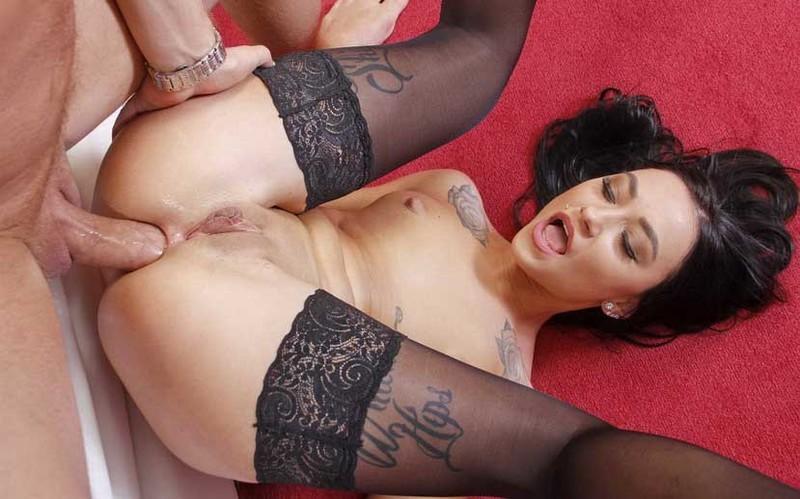 Alisa Kovi - Tattoed Girl Alisa Kovi's Anal Creampie [FullHD 1080P]