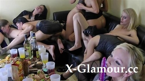 Strap-On Sex Party [HD]