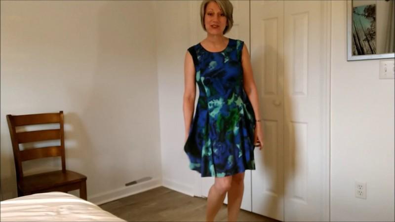 Morina - Milf Wants Your Help - Watch XXX Online [FullHD 1080P]